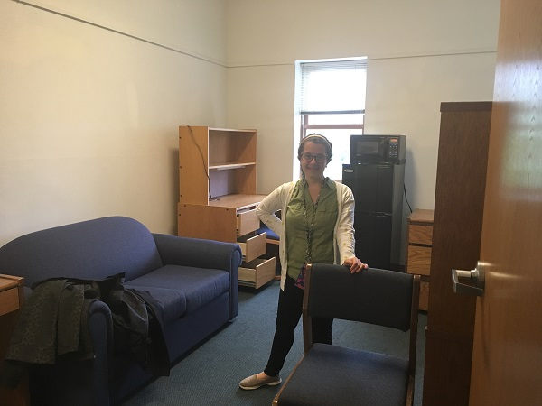 Moving out of College Freshman Year